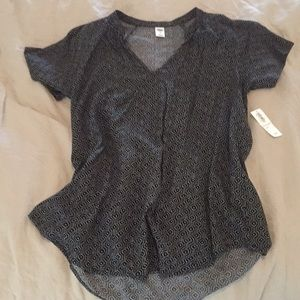 NWT old navy black white print top xs small